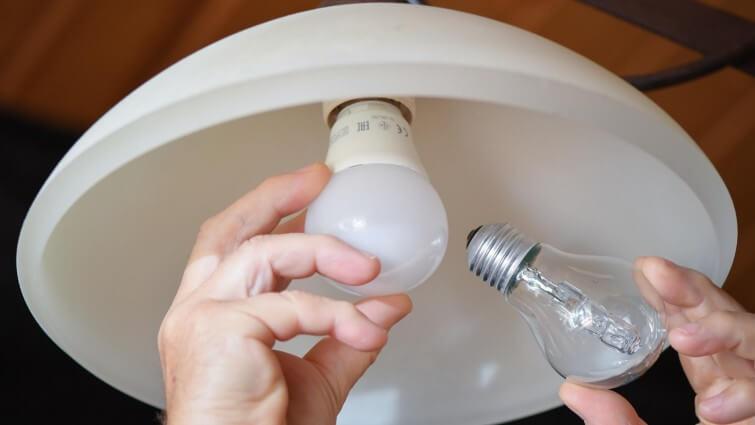 """EU mustert Halogenlampen aus – """"LED-Lampen sind einfach viel effizienter"""""""